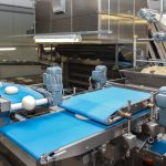 Advantages of Clean-in-Place Conveyor Belt Cleaning